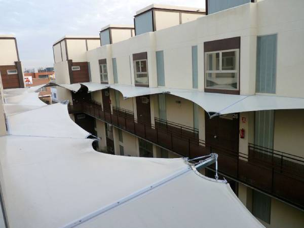 Arquitectura textil para proteger espacios de tu negocio